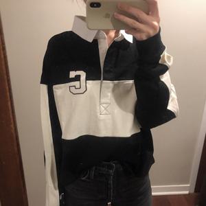 Champion 大C logo 黑白拼接女款上衣折後價$7.5