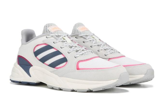 Adidas阿迪達斯 90s VALASION女款運動鞋湊單折後價$24.98